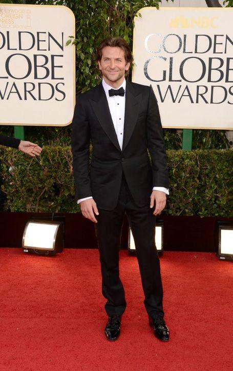Golden Globes: Bradley Cooper auf dem Roten Teppich - Bildquelle: AFP
