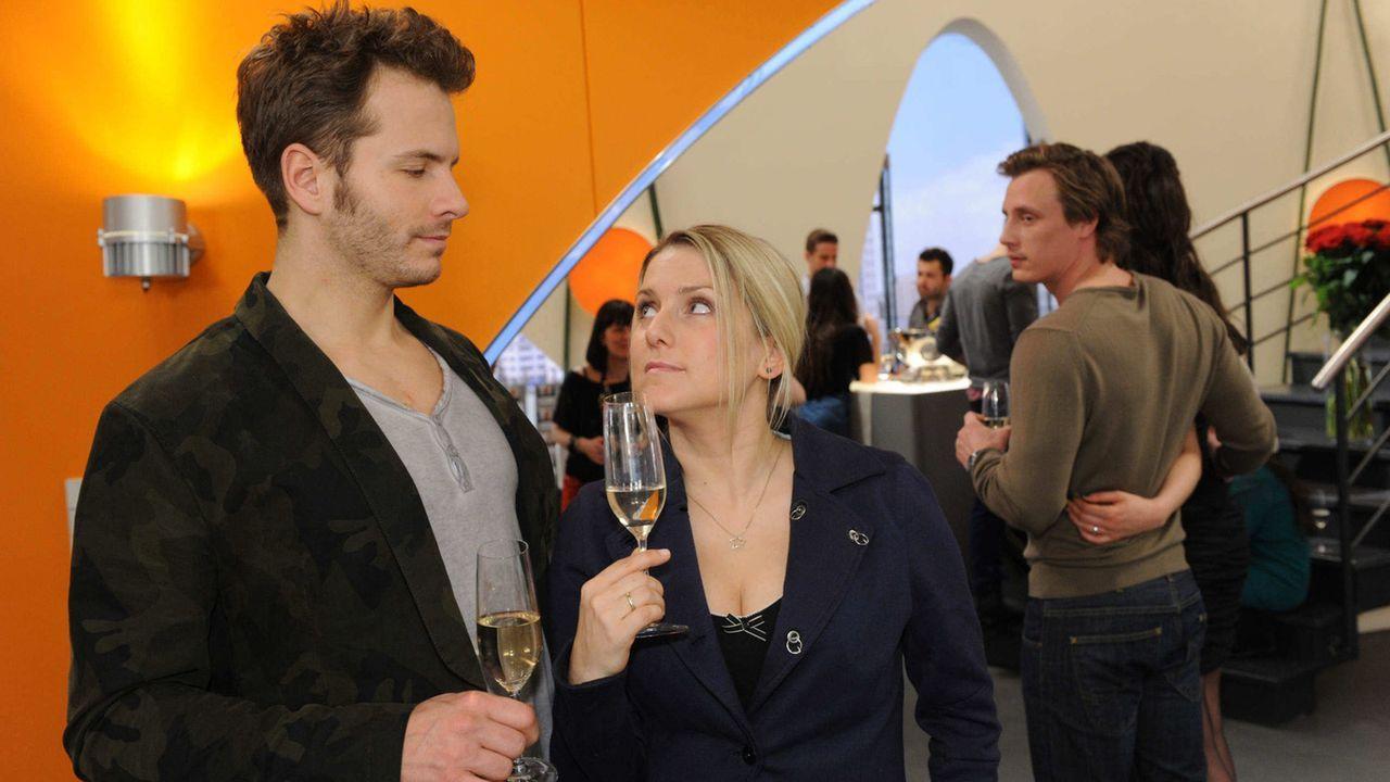 Anna-und-die-Liebe-Folge-690-01-Sat1-Claudius-Pflug - Bildquelle: SAT.1/Claudius Pflug