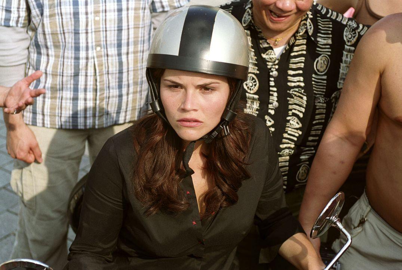 Pia (Katharina Wackernagel), die die Scheidung eingereicht hat, ist fassungslos: Uli kämpft verbissen um die Ehe - und mit allen Mitteln um das Sorg... - Bildquelle: Sat.1