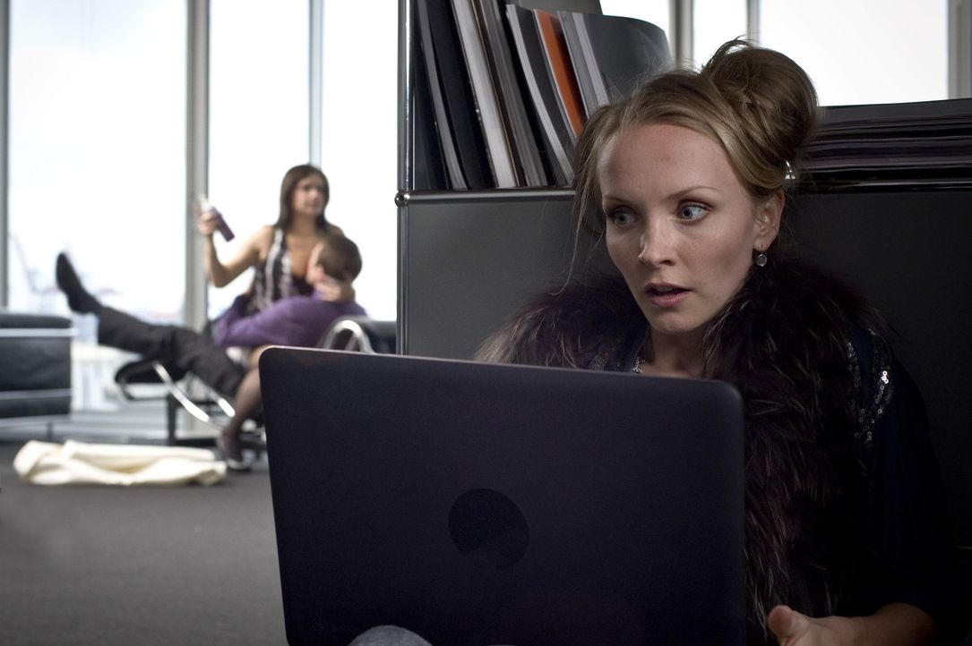 Als Gretchen (Janin Reinhardt) erkennt, dass Clemens sie schamlos missbraucht hat, schlägt sie zurück ... - Bildquelle: Gordon Timpen SAT.1