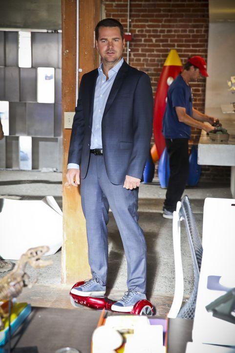 Als der Gründer des High-Tech-Unternehmens OverGuard tot im Yachthafen aufgefunden wird, müssen Callen (Chris O'Donnell) und seine Kollegen den Mörd... - Bildquelle: Michael Yarish 2015 CBS Broadcasting, Inc. All Rights Reserved.