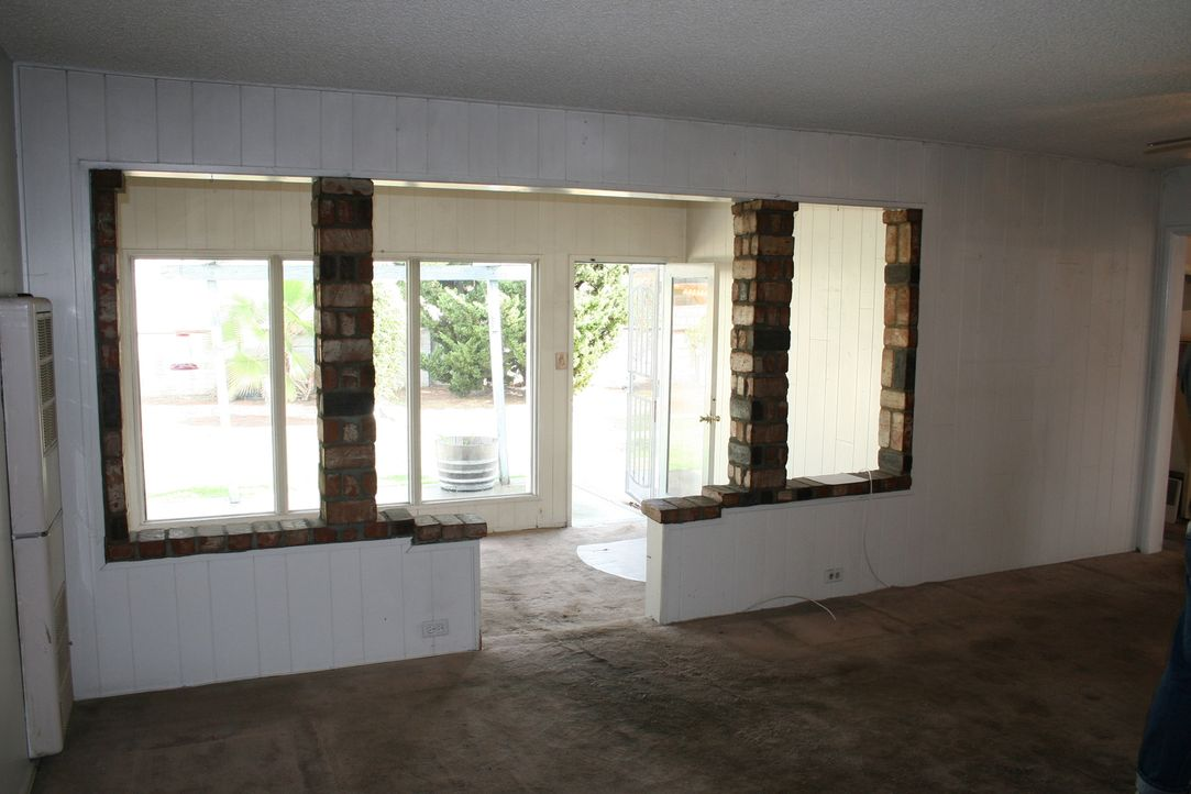Noch sieht das Zimmer nicht ansprechend aus, aber schon bald bekommt es einen neuen Look ... - Bildquelle: 2014,HGTV/Scripps Networks, LLC. All Rights Reserved