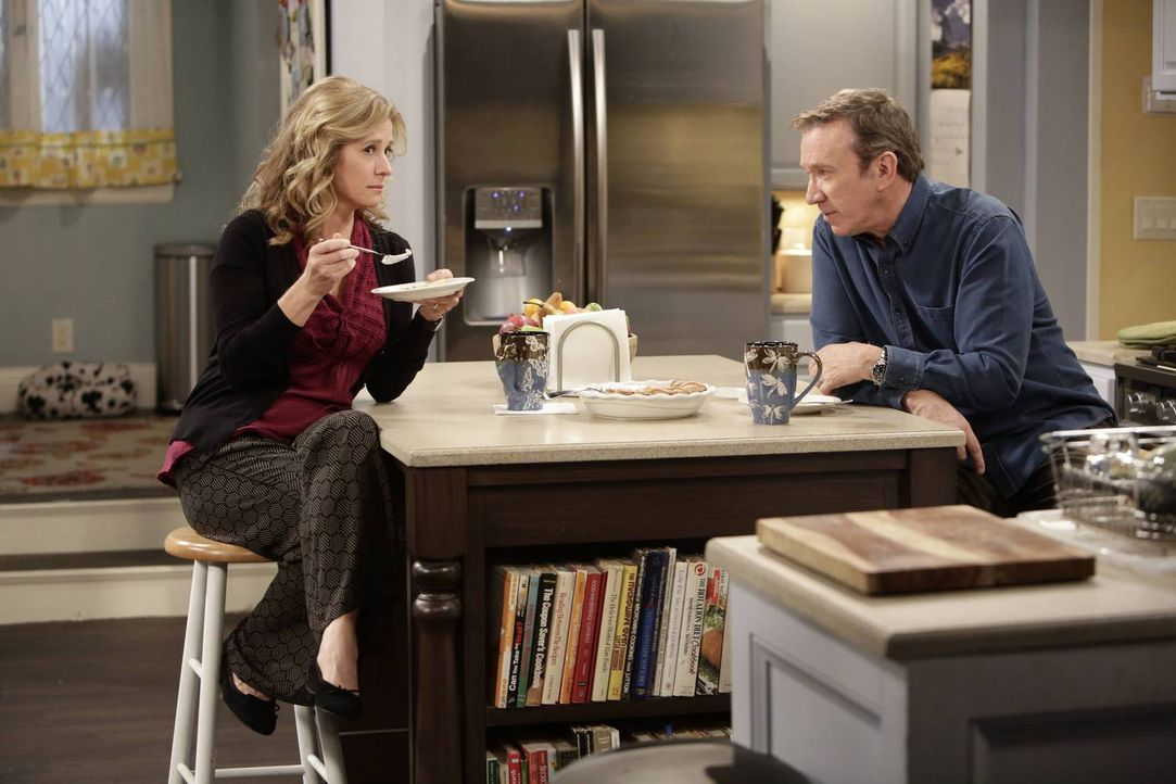 Mike (Tim Allen, r.) möchte ein Fish- und Wildrestaurant eröffnen. Doch was wird Vanessa (Nancy Travis, l.) dazu sagen? - Bildquelle: 2014-2015 American Broadcasting Companies. All rights reserved.