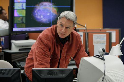 Navy CIS - Ein hochentwickeltes Radargerät wurde gestohlen. Gibbs (Mark Harmo...