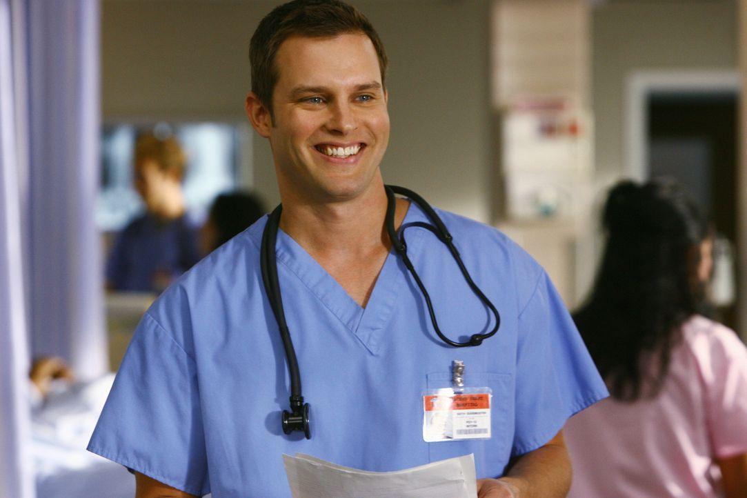 Während Dr. Maddox für Wirbel sorgt, wird Elliott von Carla und Ted darauf hingewiesen, dass Keith (Travis Schuldt) ein Problem damit hat, dass sie... - Bildquelle: Touchstone Television