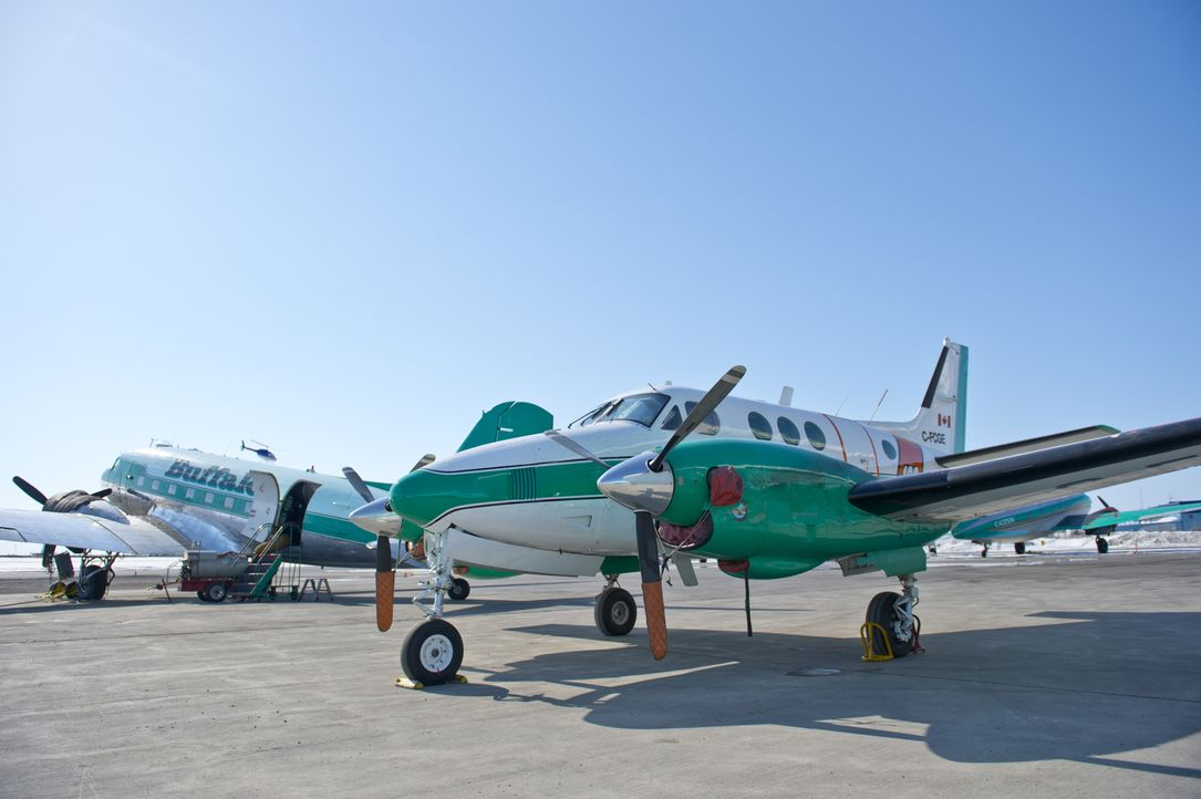 "(4. Staffel) - ""Ice Pilots"" handelt von einer unorthodoxen Fluggesellschaft im Norden Kanadas. Die in Yellowknife stationierte ""Buffalo Airways"" fli... - Bildquelle: 2012 Ed Araquel"