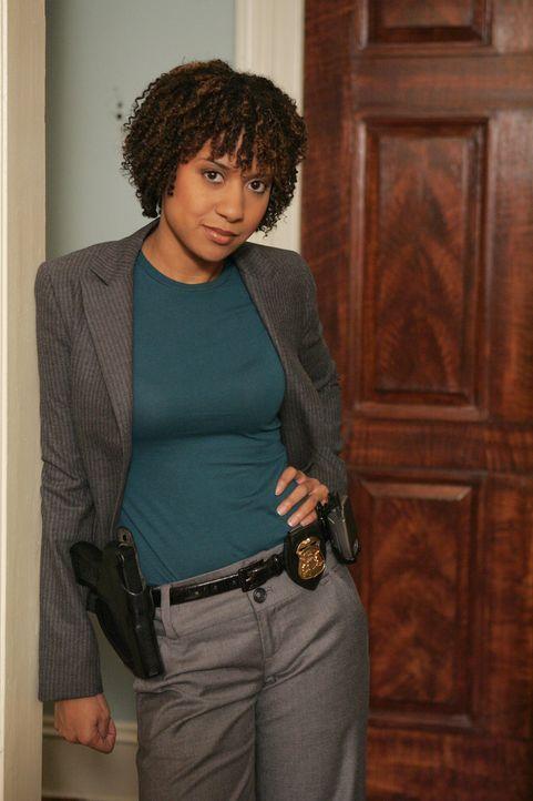 Bei den Ermittlungen im aktuellen Fall deckt Kat Miller (Tracie Thoms) zusammen mit ihren Kollegen so manches sorgsam gehütetes Familiengeheimnis au... - Bildquelle: Warner Bros. Television