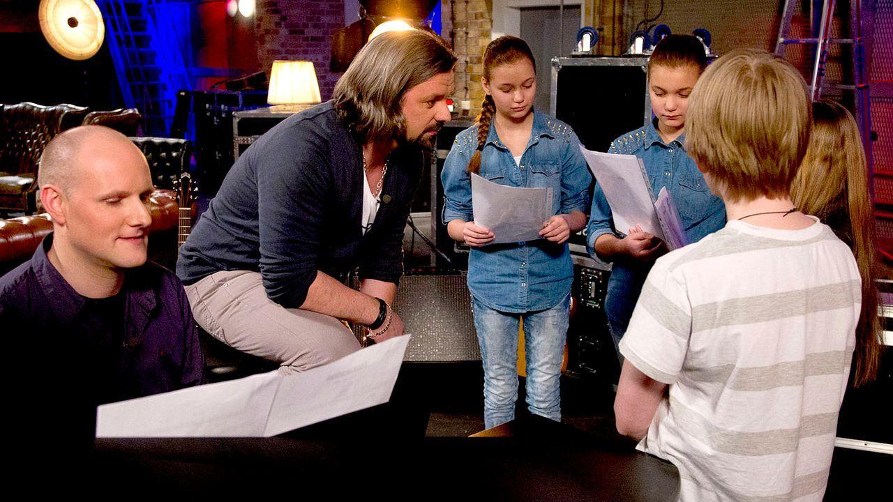 The-Voice-Kids-epi05-Giuliana-Gilliana-Tim-Fabienne-3-SAT1-Richard-Huebner - Bildquelle: SAT.1/Richard Hübner