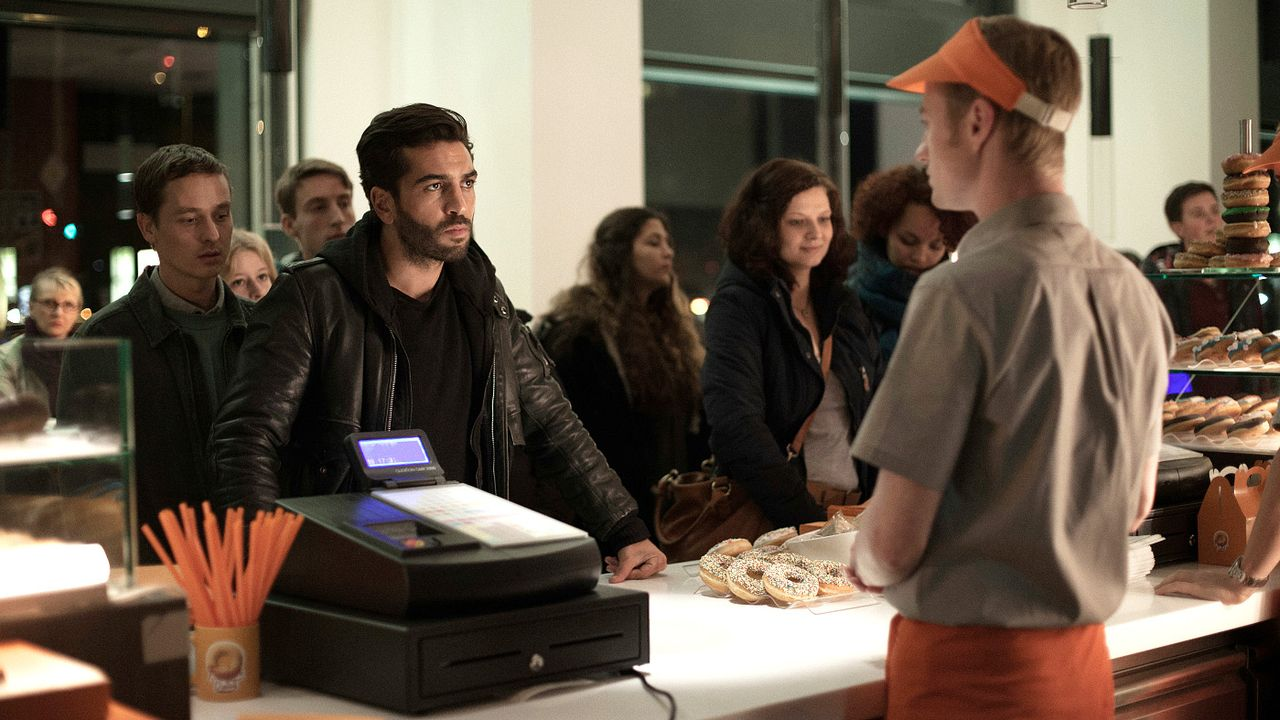 Who-Am-I-Kein-System-ist-sicher-04-2014Sony-Pictures-Releasing-GmbH - Bildquelle: 2014 Sony Pictures Releasing GmbH