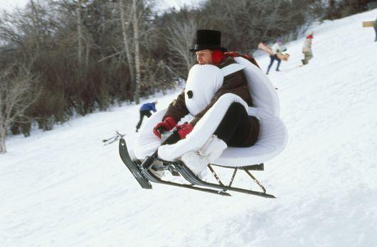Schneefrei - Auch TV-Wettermann Tom Brandston (Chevy Chase) hat großen Spaß i...