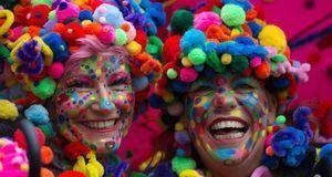 Wenn Karneval in Düsseldorf beginnt, sind die Jecken außer Rand und Band.