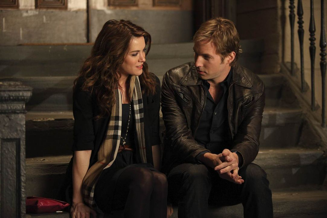 Sind sehr gute Freunde: Ben (Ryan Hansen, r.) und Sara (Danneel Ackles, l.) ... - Bildquelle: NBC Universal, Inc.
