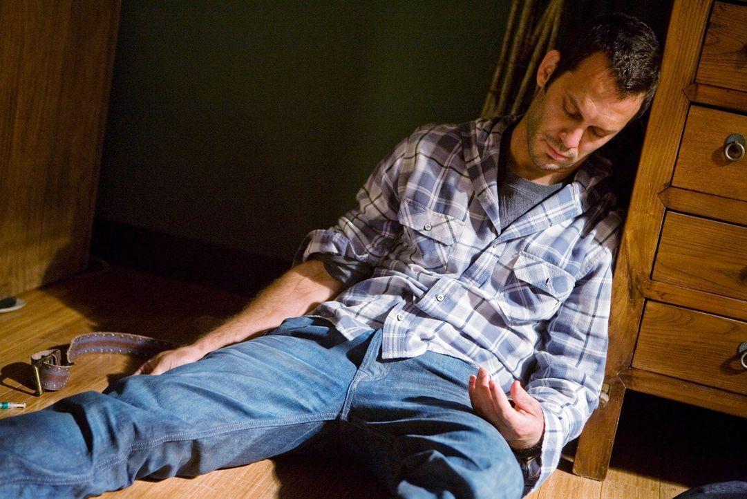 Hat sich eine Überdosis gespritzt: Keith (Christopher Gartin) ... - Bildquelle: ABC Studios