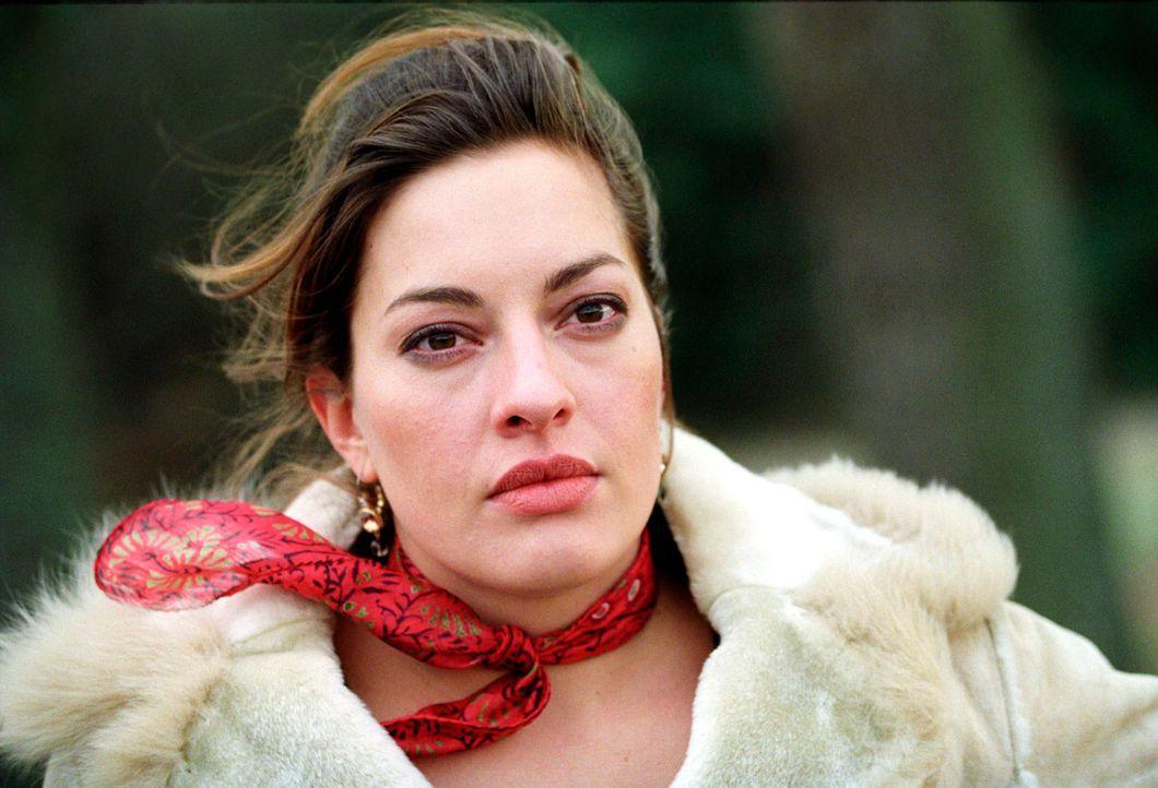 Lieferte Jana Böhm (Julia Dahmen) ein Motiv für den Mord an ihrem Mann? - Bildquelle: Christian A. Rieger Sat.1