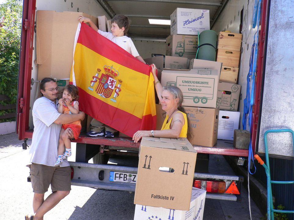 Familie Barth hat den Entschluss gefasst, mit ihren beiden Kindern nach Spanien auszuwandern ... - Bildquelle: kabel eins