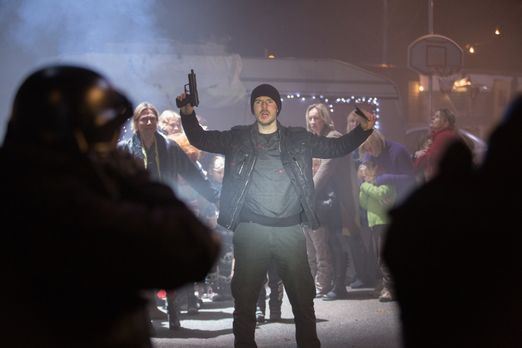 Crossing Lines - Gerät ins Visier von Scotland Yard: Tommy (Richard Flood, M....