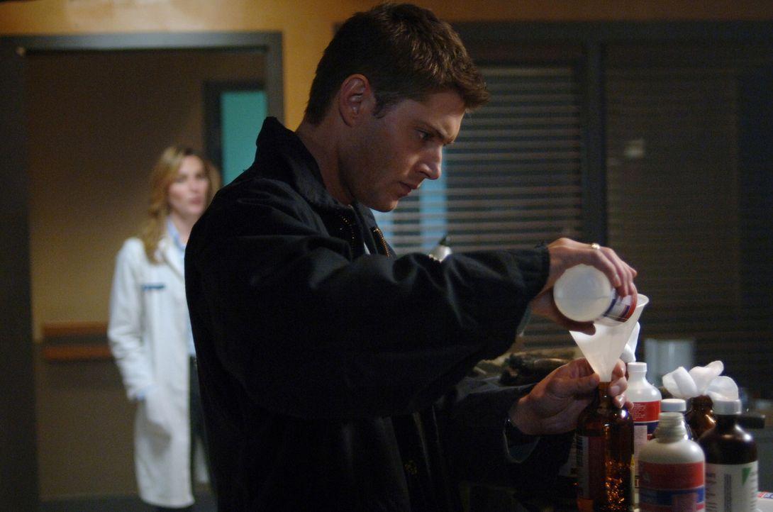Ein gefährlicher Virus lässt alle Bewohner einer Stadt gewaltätig werden. Dean (Jensen Ackles) versucht, hinter das Geheimnis zu kommen ... - Bildquelle: Warner Bros. Television