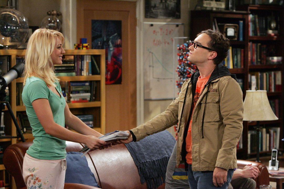 Penny (Kaley Cuoco, l.) hat das Wochenende bei ihrer Familie in Nebraska verbracht und begeht dann nichts ahnend einen schweren Fehler. Sie erzählt... - Bildquelle: Warner Bros. Television
