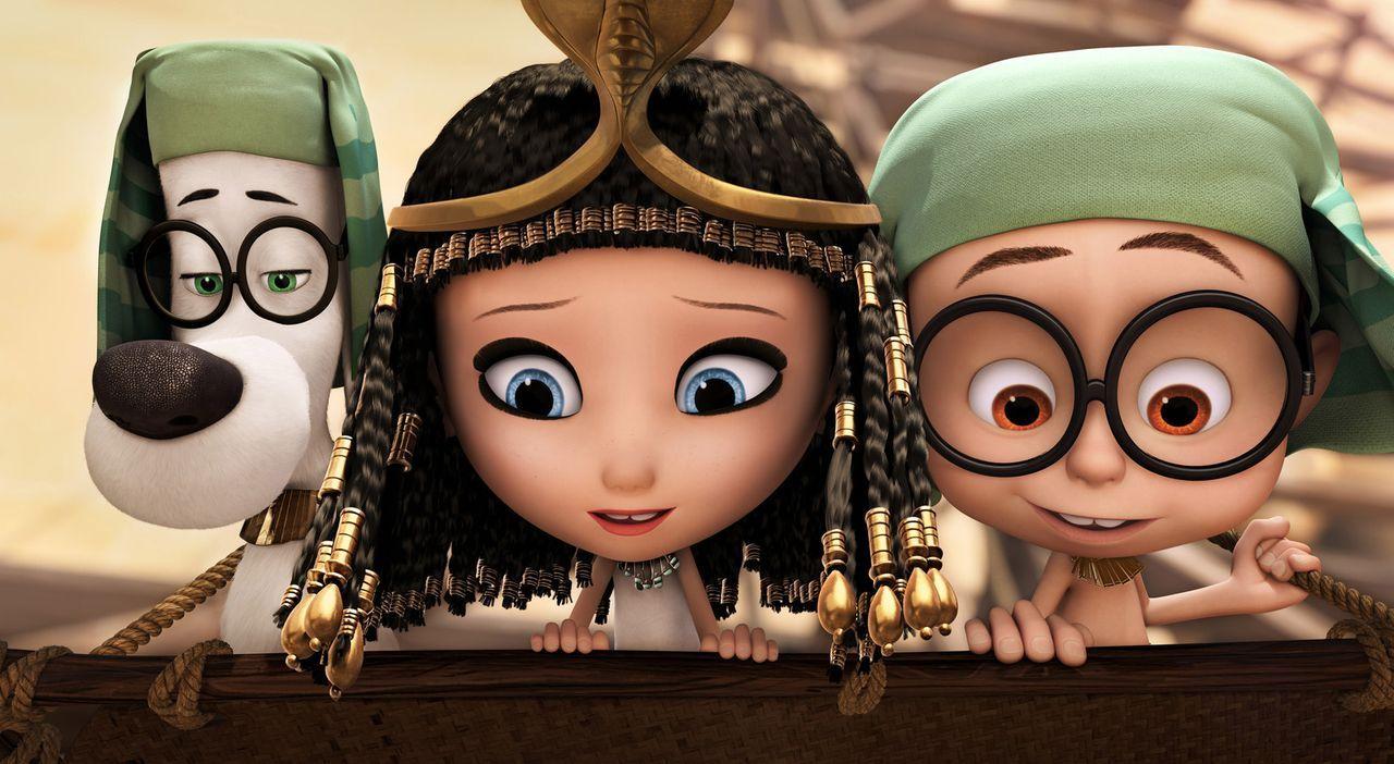 Zeitreise extrem: Mit der Zeitmaschine seines hochintelligenten Vaters Mr. Peabody (l.) landen Sherman (r.) und seine Schulkameradin Penny (M.) im A... - Bildquelle: 2014 DreamWorks Animation, L.L.C.  All rights reserved.