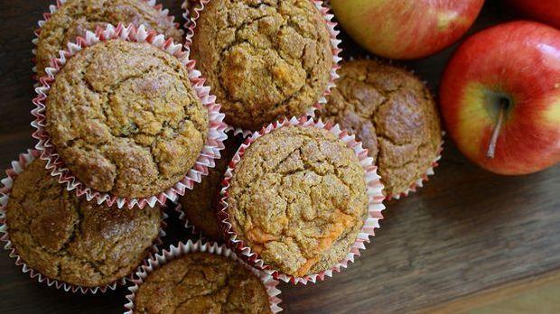 Auch herzhafte Muffins sind lecker und passen super zu einem gesunden Frühstück.