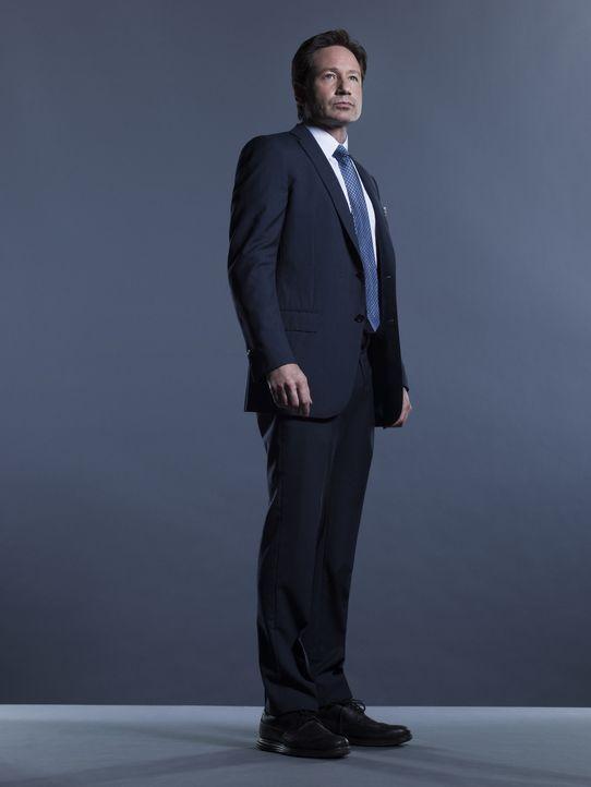 (1. Staffel) - Eine neue Theorie über Aliens und die Pläne der Regierung lässt Mulder (David Duchovny) aufhorchen, denn ihm wird bewusst, dass alles... - Bildquelle: 2016 Fox and its related entities.  All rights reserved.