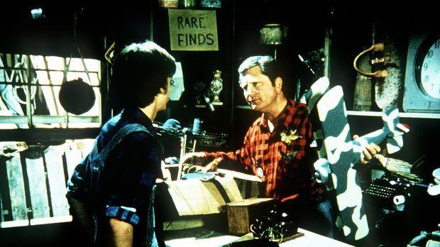 Nachdem Jim Bob (David W. Harper, l.) klar geworden ist, dass er nicht Pilot...