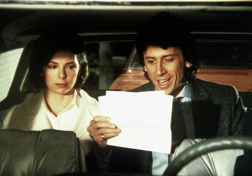 Agentin mit Herz - Malcolm Burling (Richard Cox, r.) freut sich: Sally (Melan...
