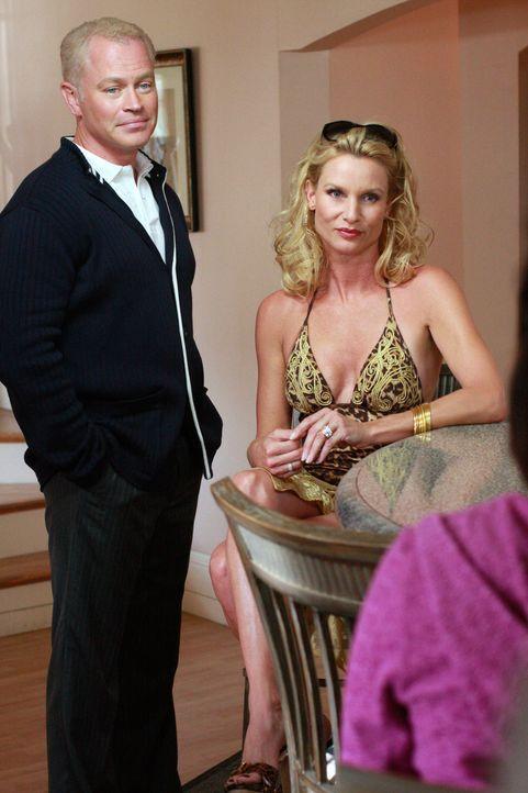 Nach fünf Jahren kommt Edie (Nicolette Sheridan, r.) zurück in die Wisteria Lane - mit einem neuen Ehemann (Neal McDonough, l.) ... - Bildquelle: ABC Studios