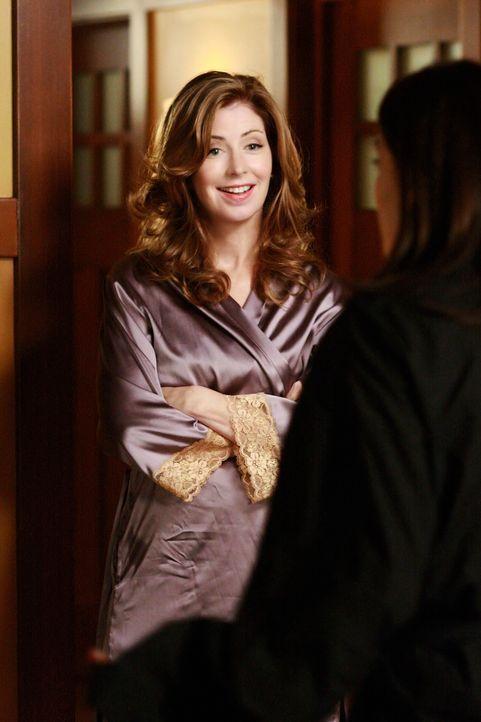 Um Mike zurück zubekommen, schreckt Katherine (Dana Delany, l.) vor nichts zurück. Doch sie hat nicht mit Susan (Teri Hatcher, r.) gerechnet ... - Bildquelle: ABC Studios