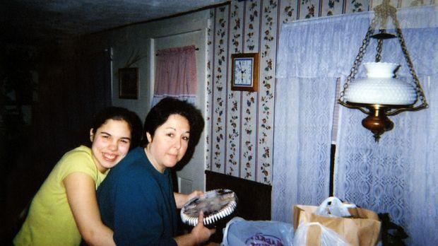 Das Verhältnis zwischen Jeanne (r.) und ihrer Tochter Nicole (l.) war immer g...