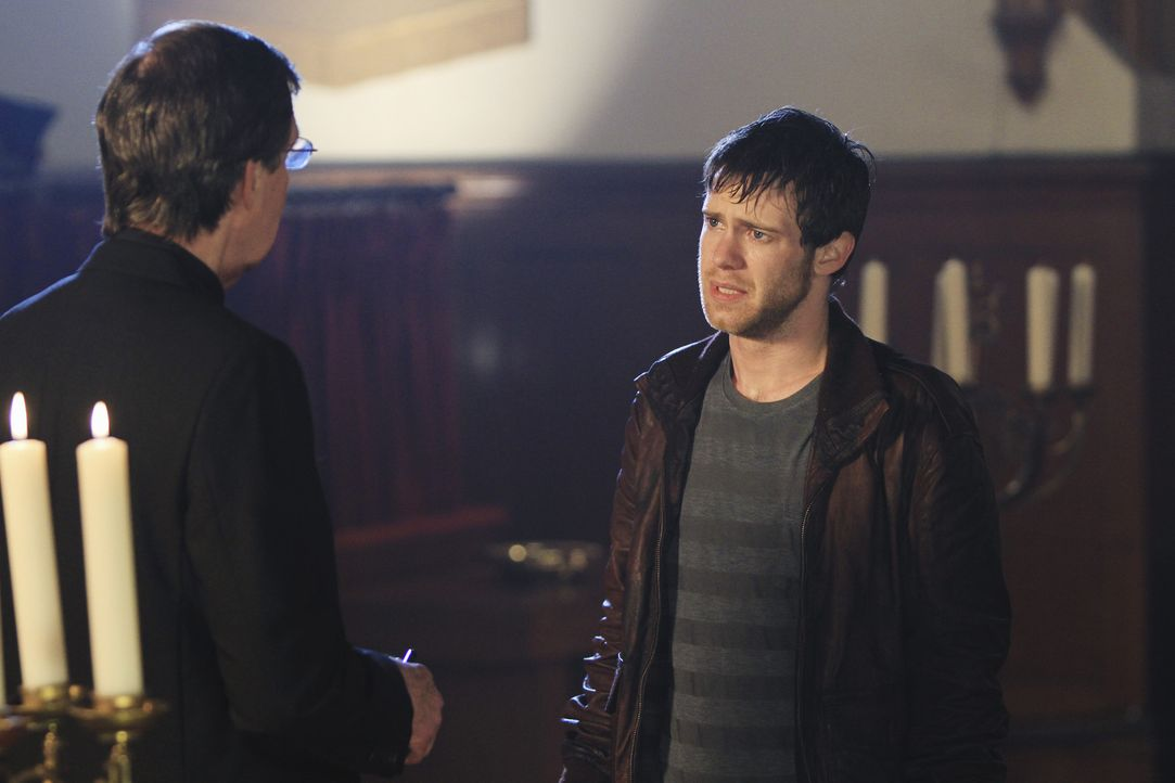 Das BAU-Team wird nach Portland, Oregon gerufen um eine Mordserie aufzuklären. Bei den Ermittlungen treffen sie auf Ben Foster (Bug Hall, r.) und e... - Bildquelle: ABC Studios