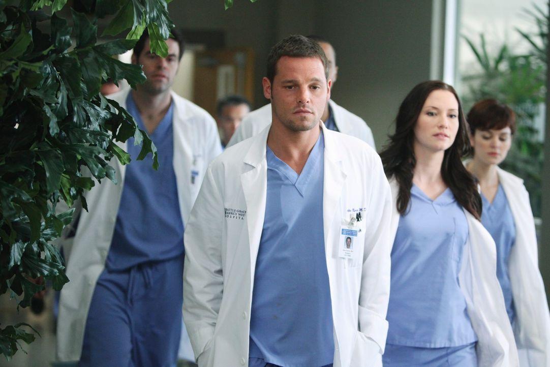 Als Derek vom Vorstand zum Interimschefarzt bestimmt wird, kursieren in den Krankenhausfluren die wildesten Gerüchte, warum Webber abgesetzt wurde.... - Bildquelle: Touchstone Television