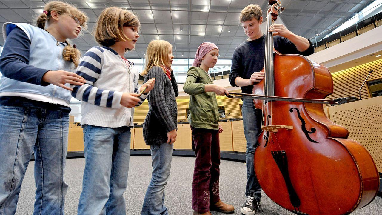 Musikalische Kinderuniversität  - Bildquelle: dpa