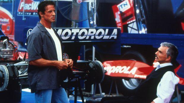 Um seinen Fahrer wieder aufs Siegertreppchen zu bringen, engagiert Teamchef C...