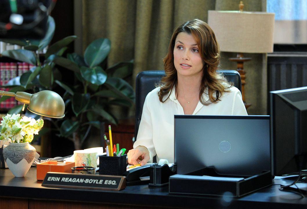 Erin Reagan-Boyle (Bridget Moynahan) arbeitet als Assistentin des Bezirksstaatsanwalts von New York. Als einzige Frau in der Reagan-Familie hat sie... - Bildquelle: 2010 CBS Broadcasting Inc. All Rights Reserved