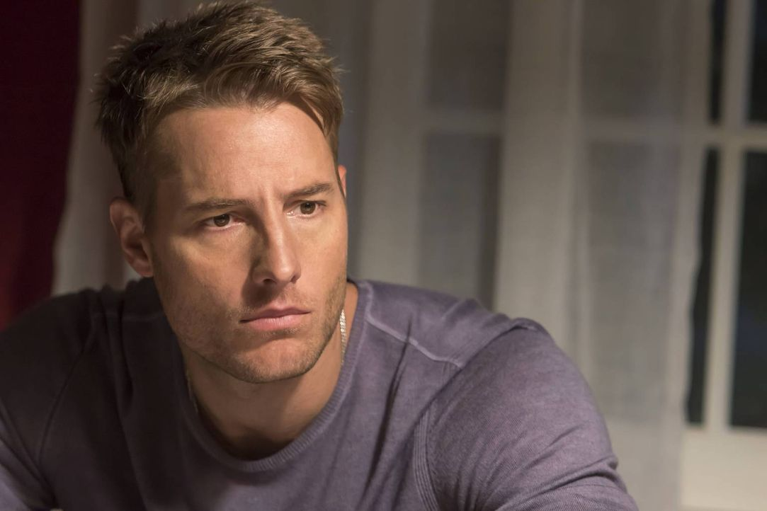Kevin (Justin Hartley) erkennt Parallelen zwischen seiner Theaterrolle und seinem echten Leben, während sich seine Schwester Kate auf einen besonder... - Bildquelle: Ron Batzdorff 2016-2017 Twentieth Century Fox Film Corporation.  All rights reserved.   2017 NBCUniversal Media, LLC.  All rights reserved.