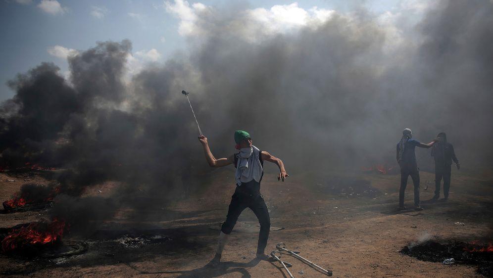 - Bildquelle: Khalil Hamra/AP/dpa