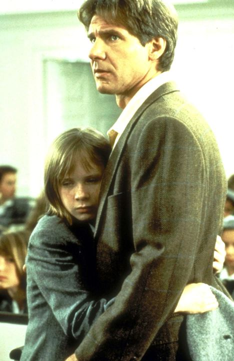 Aus dem ungeduldigen und tyrannischen Vater Henry (Harrison Ford, r.) von einst ist ein einfühlsamer und verständnisvoller Mann geworden, der sich f... - Bildquelle: United International Pictures