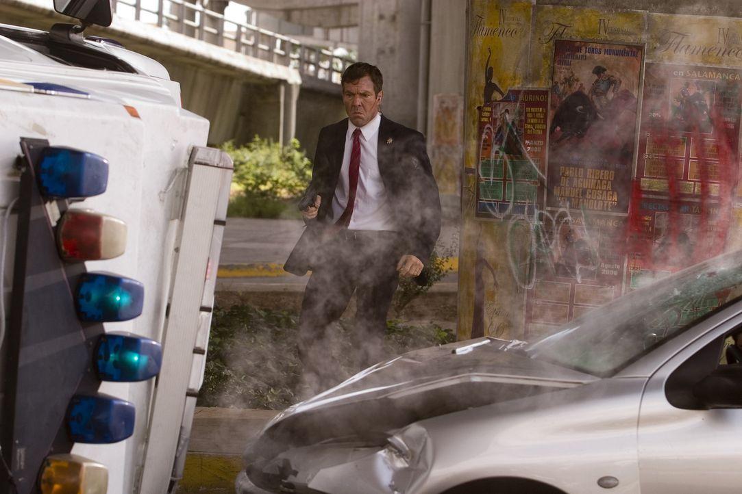 Schüsse auf den US-Präsidenten während einer Rede in Spanien und kurz darauf eine Explosion unter der Festtribüne. Wer steckt dahinter? Wie konn... - Bildquelle: 2008 Columbia Pictures Industries, Inc. and GH Three LLC. All Rights Reserved.
