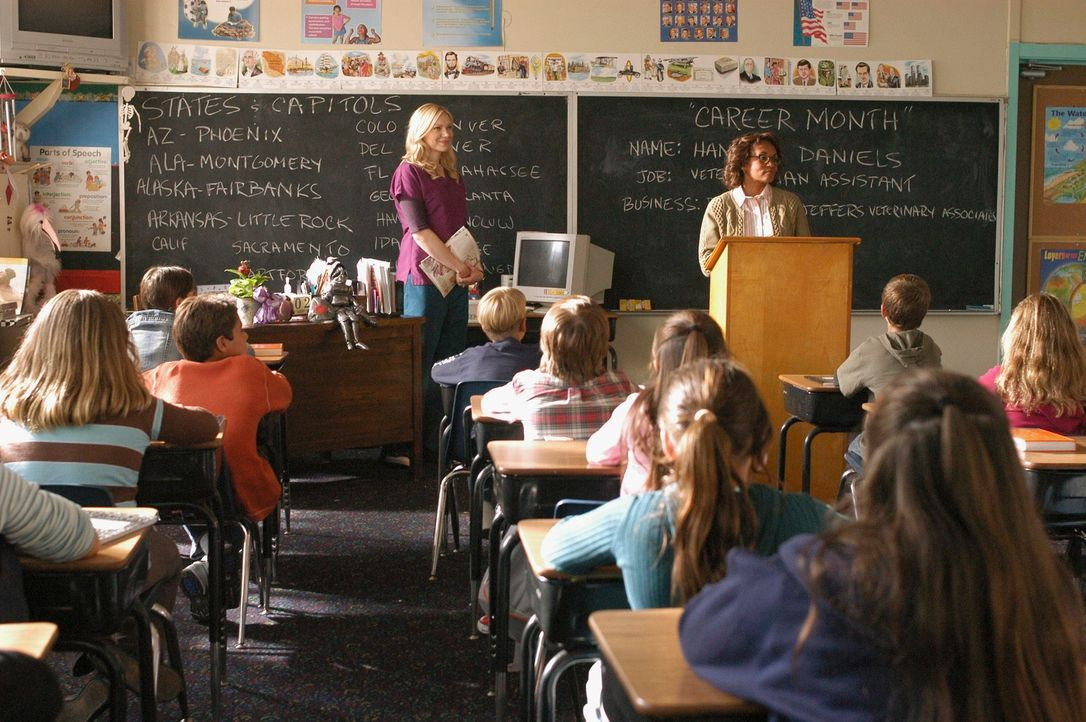 Den Beruf als Tierarztassisstentin möchte Hannah (Laura Prepon) den Kindern näher bringen, jedoch vereitelt Rays Ex-Frau ihren Plan... - Bildquelle: ABC Studios