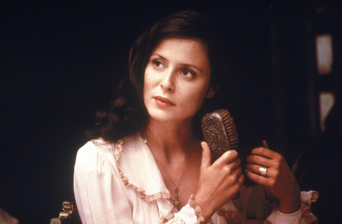 Der sehnsüchtige Blick lässt es erahnen: Victoria Aragón (Aitana Sánchez-Gijón) hat sich verliebt ... - Bildquelle: 20th Century Fox
