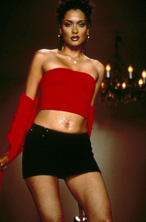 Karla (Lisa Rodriguez) spielt mit dem Feuer ... - Bildquelle: Kinowelt Filmverleih