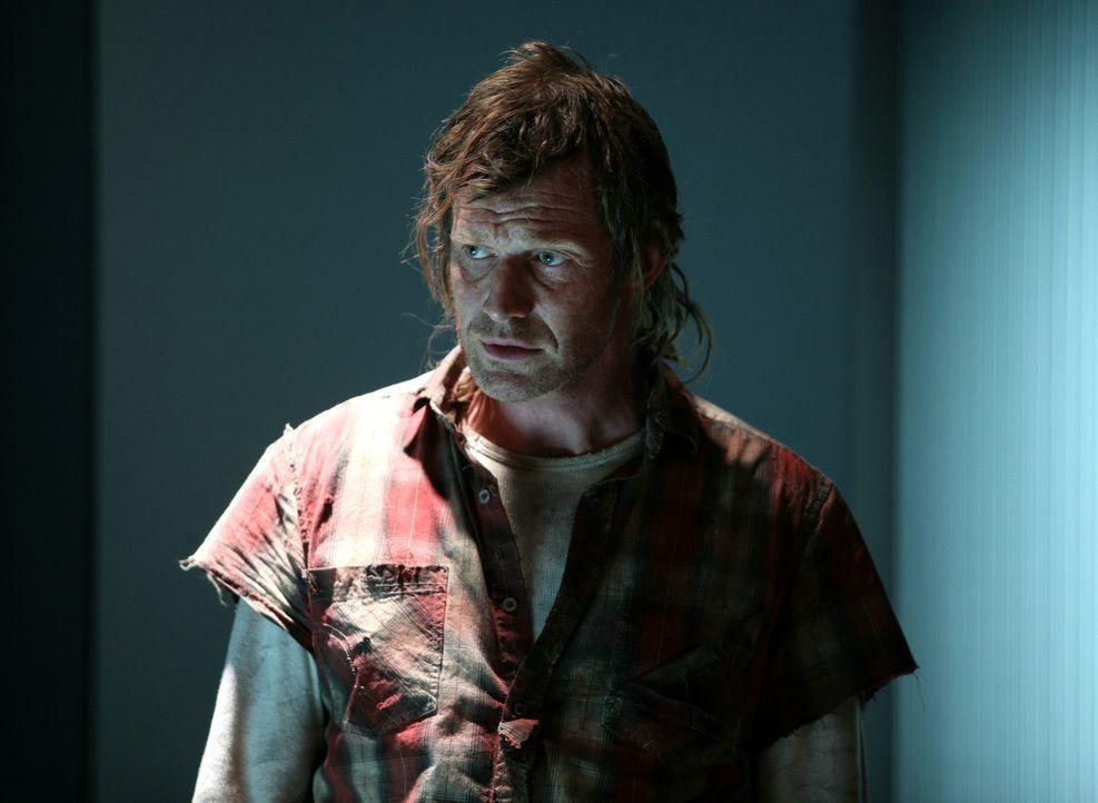 Überraschender Besuch: Danny (Jason Flemyng) ... - Bildquelle: ITV Plc