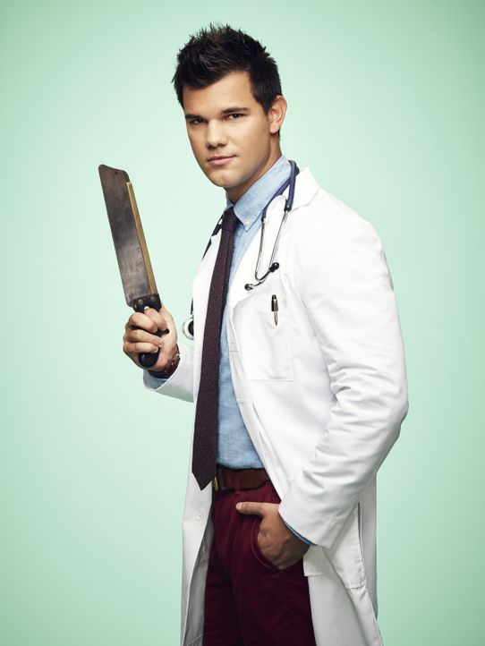 (2. Staffel) - Diagnose: Tod! Dr. Cassidy Cascade (Taylor Lautner) wollte eigentlich neue Formen der Behandlung im Krankenhaus von Cathy Munsch ausp... - Bildquelle: Tommy Garcia 2016 Fox and its related entities.  All rights reserved.