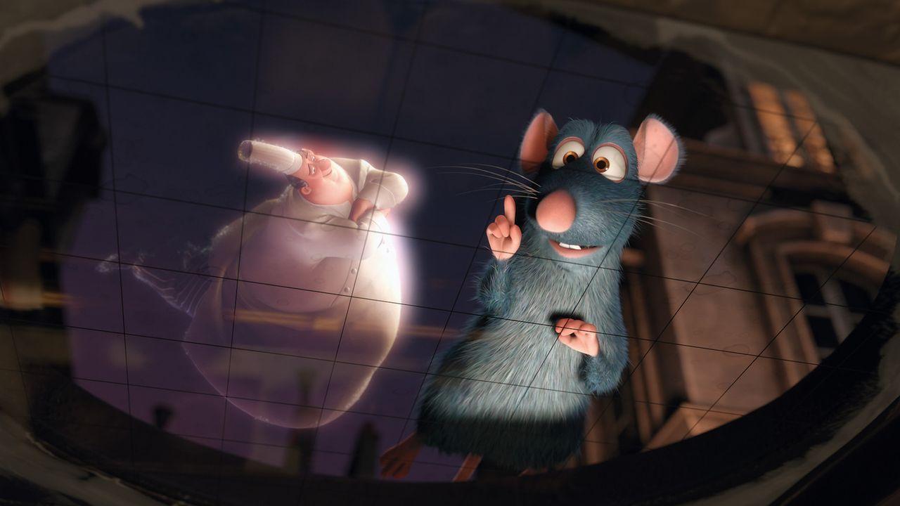 Der Geist des verstorbenen Sternekochs Gusteau (l.) führt Remy (r.) zu seinem Restaurant in Paris, das er zu Lebzeiten erfolgreich geführt hat ... - Bildquelle: Disney/Pixar.  All rights reserved