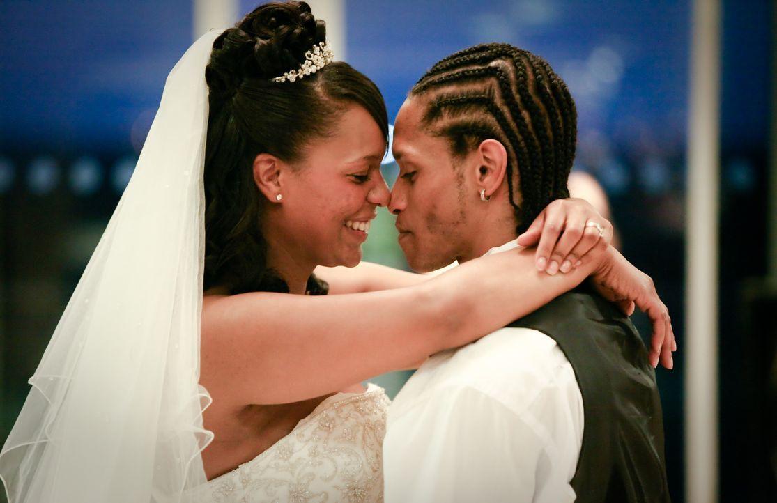 Kann Darnell im Alleingang eine märchenhafte Hochzeit auf die Beine stellen? Mit dem nötigen Bargeld und vier Wochen Zeit, keine unmögliche Aufgabe.... - Bildquelle: Renegade Pictures Ltd