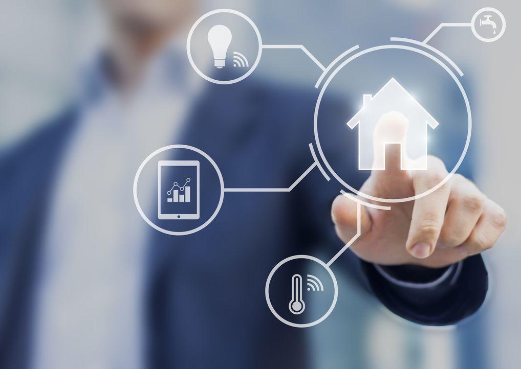 """Wohin geht die Entwicklung in Ballungsräumen, in denen Raum knapp und teuer ist? Wird das intelligente """"Smart House"""" das Must-Have auf dem Wohnungsm... - Bildquelle: kabel eins/istockphoto"""