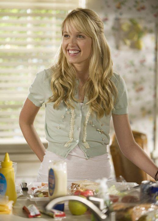 Der gutmütigen und engelsgleichen Grace (Megan Park) kann kein Junge das Wasser reichen, aber einer macht sie glücklich und deshalb entscheidet sie... - Bildquelle: ABC Family
