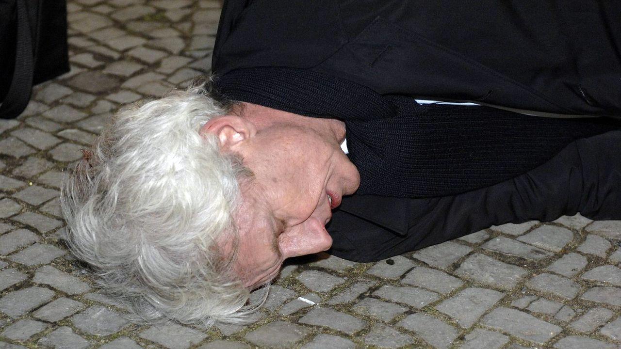 anna-und-die-liebe-folge-154-05-SAT1-Oliver-Ziebe - Bildquelle: Sat.1/Oliver Ziebe