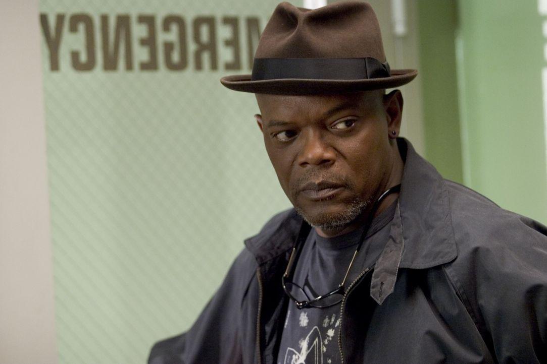 Ermittelt auf eigene Faust: Nur Detective Lorenzo Council (Samuel L. Jackson) glaubt kein Wort von Brenda Martins dubioser Entführungsgeschichte ... - Bildquelle: Sony Pictures Television International. All Rights Reserved.